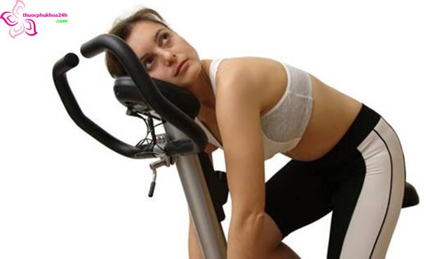 tập thể dục quá sức gây nên rồi loạn kinh nguyệt